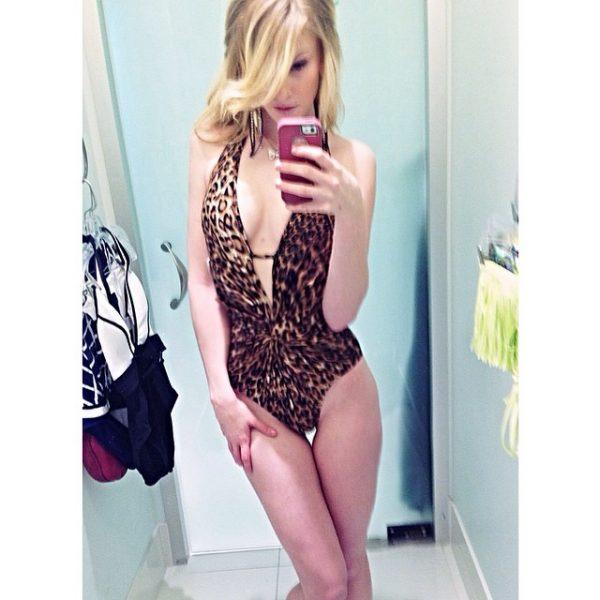 blonde tranny-tranny phone sex-tranny girl phonsex-tranny phone sex