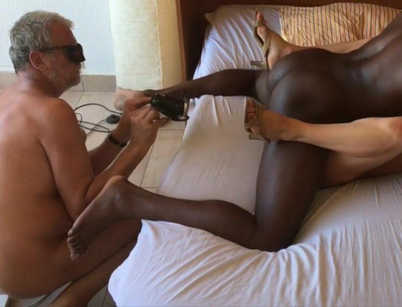 cuckold sex-wife cuckold-stranger sex-phone sex-stranger wife